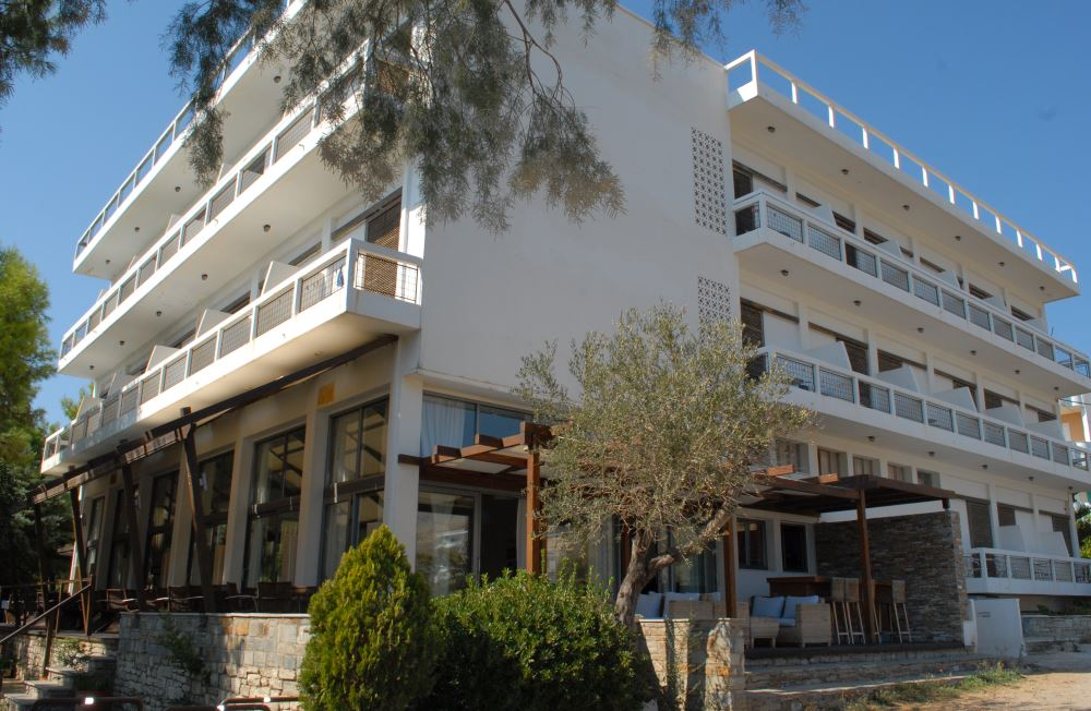 Karystion hotel, the building